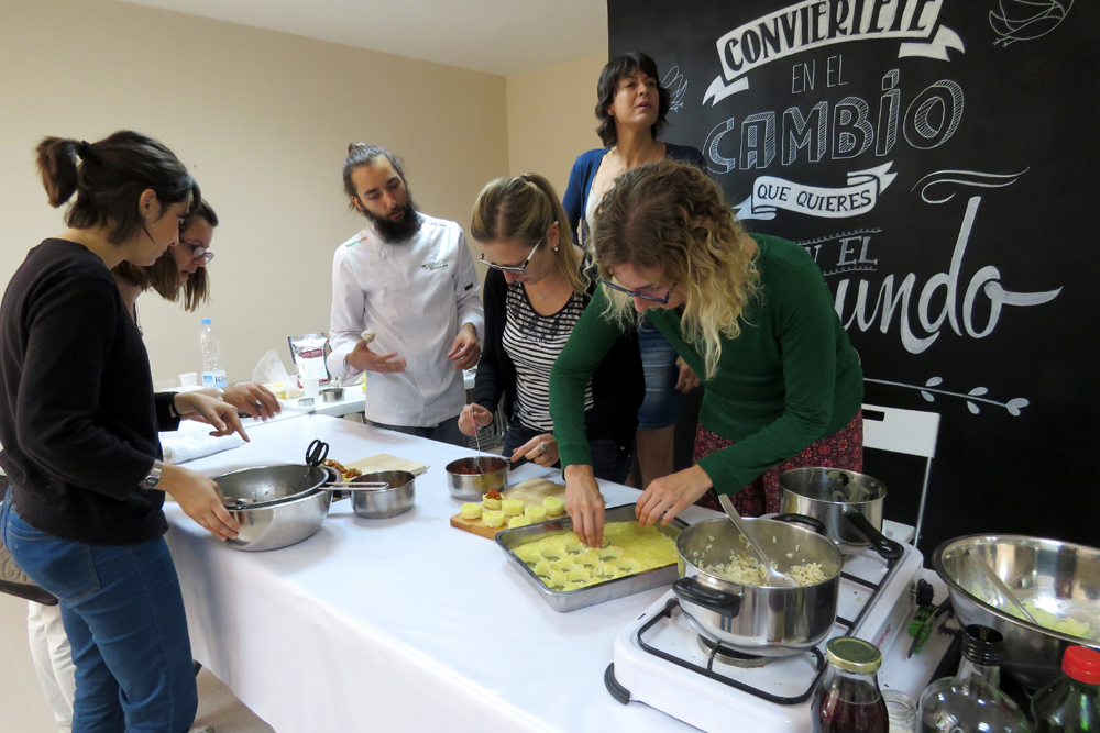 Talleres Cocina Barcelona   Realizamos Un Taller De Cocina Vegana Creativa En Barcelona